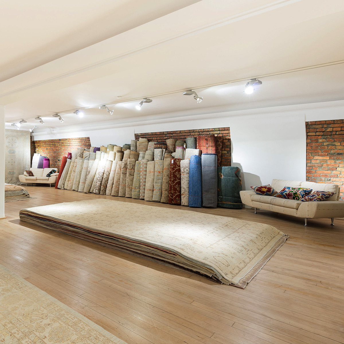 Showroom Ariana Rugs Hamburg